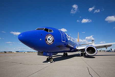 2335d0f270 For images and video of the Southwest Airlines Shark Week-themed 737-700  aircraft
